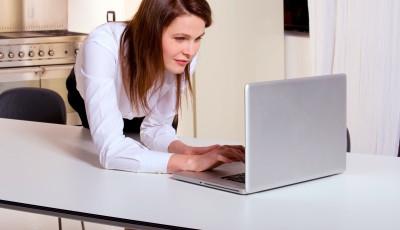 5 conseils d'une pigiste lyonnaise pour rendre ses papiers à temps.